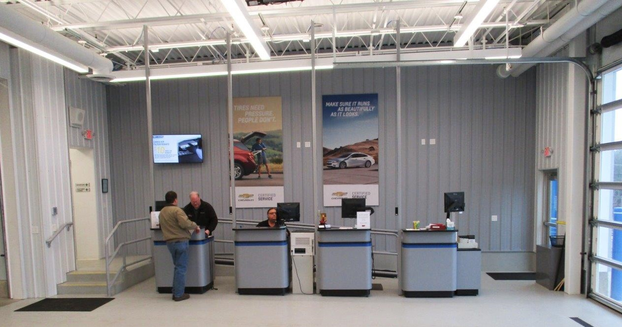 Runde Chevrolet Service Department in East Dubuque